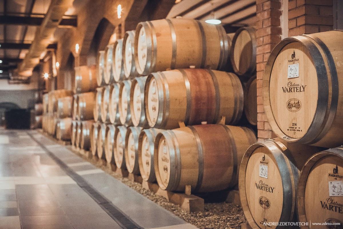 De wijnen van Château Vartely zijn gemaakt met klassieke Europese druivensoorten en inheemse soorten zoals Feteasca Regala, Feteasca Neagra en Rara Neagra. Het uitgebreide assortiment heeft elke wijndrinker iets te bieden. Van klassieke elegante wijnen tot inspirerende moderne blends.